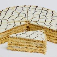 Торт Эстерхази ореховый Питер Фрост